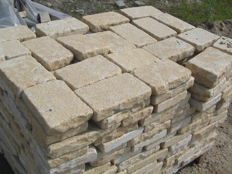 Jura Beige Tumbled Bricks(16)