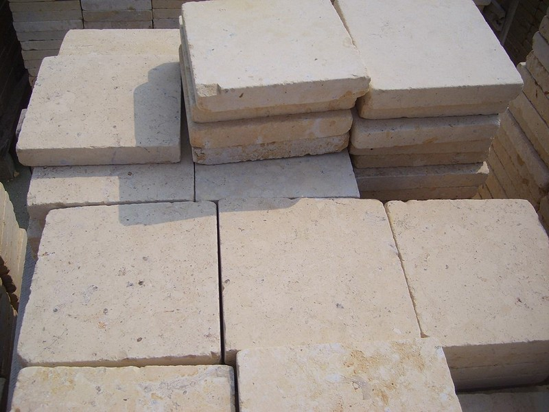 Jura Beige Tumbled Pavers (17)