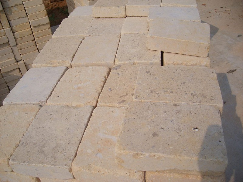 Jura Beige Tumbled Pavers (18)
